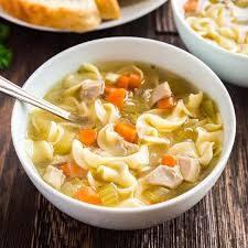 Recetas de pollo: Prueba esta sopa pollo con noodles.